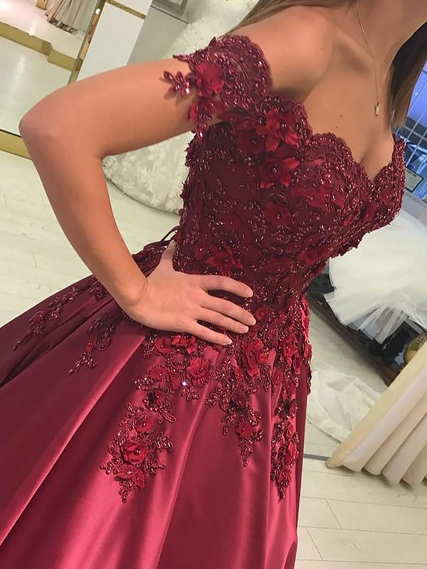 Fashion Ball Gown Sleeveless Off-the-Shoulder Satin Floor-Length Dress