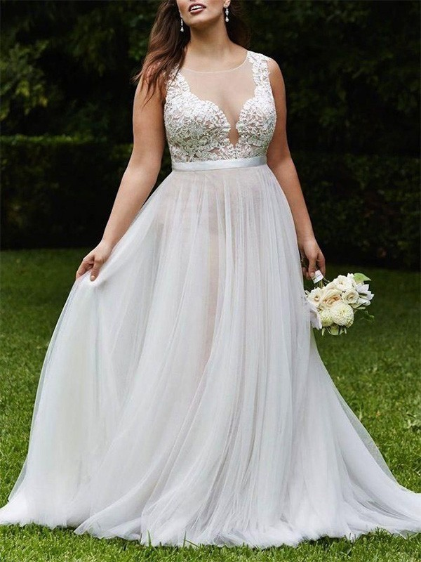 Beautiful A-Line Scoop Court Train Sleeveless Lace Tulle Wedding Dress