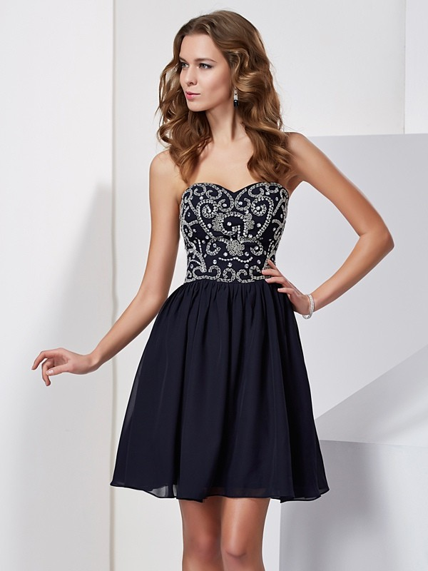 Elegant A-Line Sweetheart Sleeveless Chiffon Short Homecoming Dress