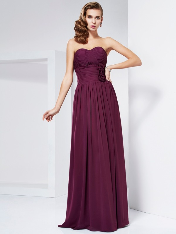 Chic Sheath Sweetheart Sleeveless Long Chiffon Dress