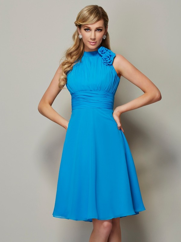 Chic A-Line High Neck Sleeveless Short Chiffon Bridesmaid Dress