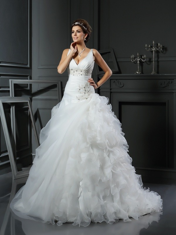 Fashion Ball Gown V-neck Sleeveless Long Organza Wedding Dress