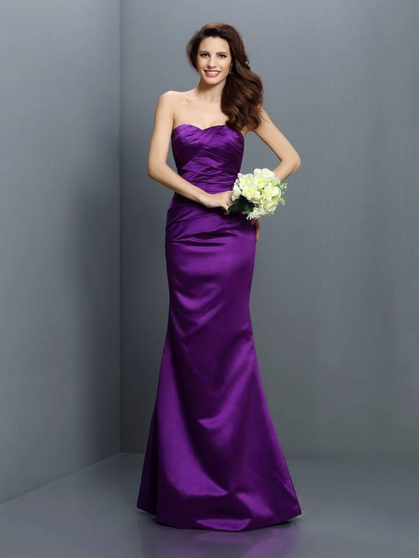Exquisite Mermaid Strapless Sleeveless Long Satin Bridesmaid Dress