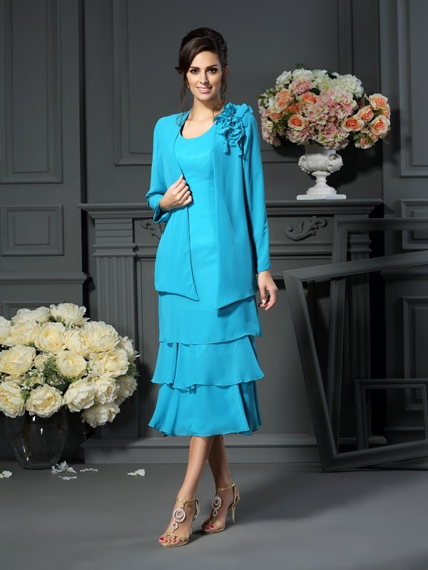 Exquisite A-Line Scoop Sleeveless Short Chiffon Mother of the Bride Dress