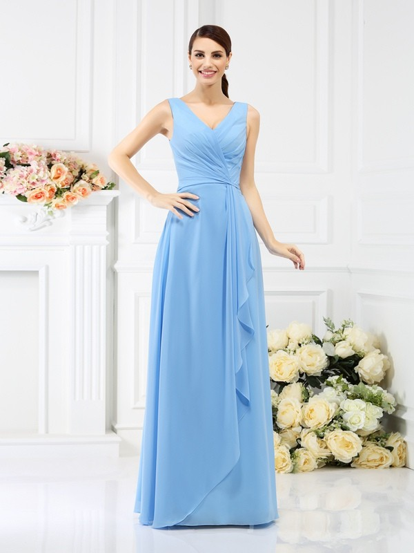 Charming Sheath V-neck Sleeveless Long Chiffon Bridesmaid Dress
