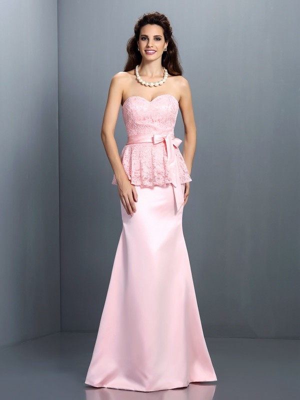 Charming Mermaid Sweetheart Lace Sleeveless Long Satin Bridesmaid Dress