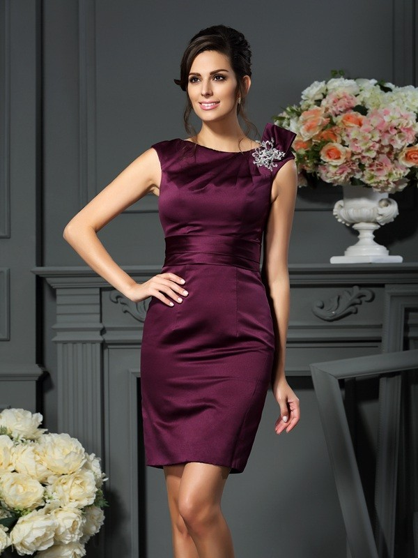 Fancy Sheath Scoop Sleeveless Short Satin Mother of the Bride Dress