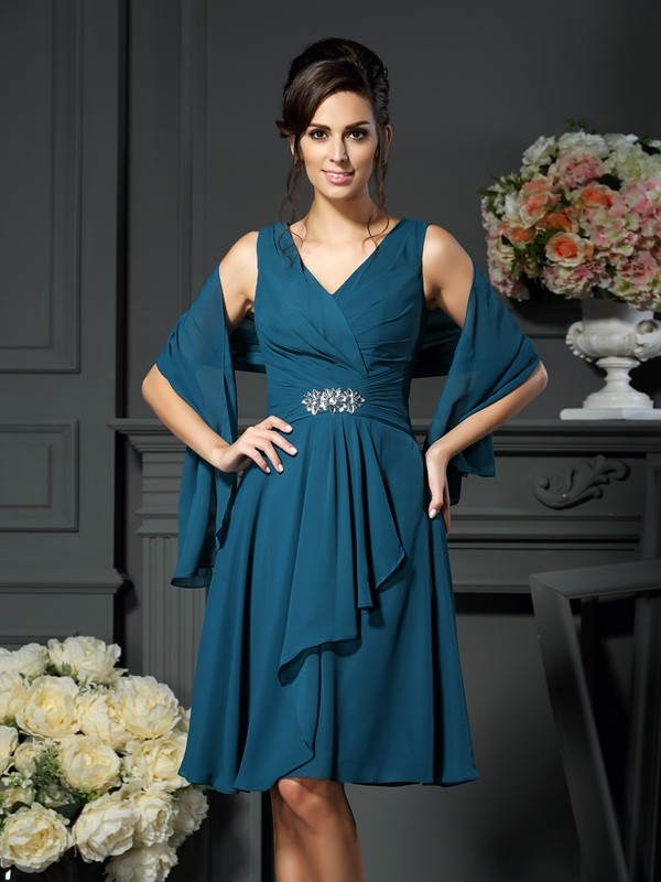 Fancy A-Line V-neck Sleeveless Short Chiffon Mother of the Bride Dress