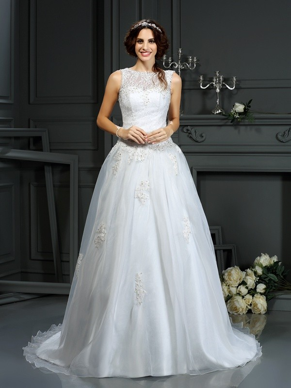 Gorgeous A-Line Scoop Sleeveless Long Net Wedding Dress