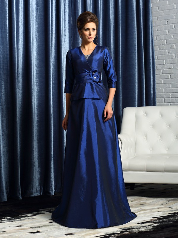 Gorgeous A-Line V-neck 1/2 Sleeves Long Taffeta Mother of the Bride Dress