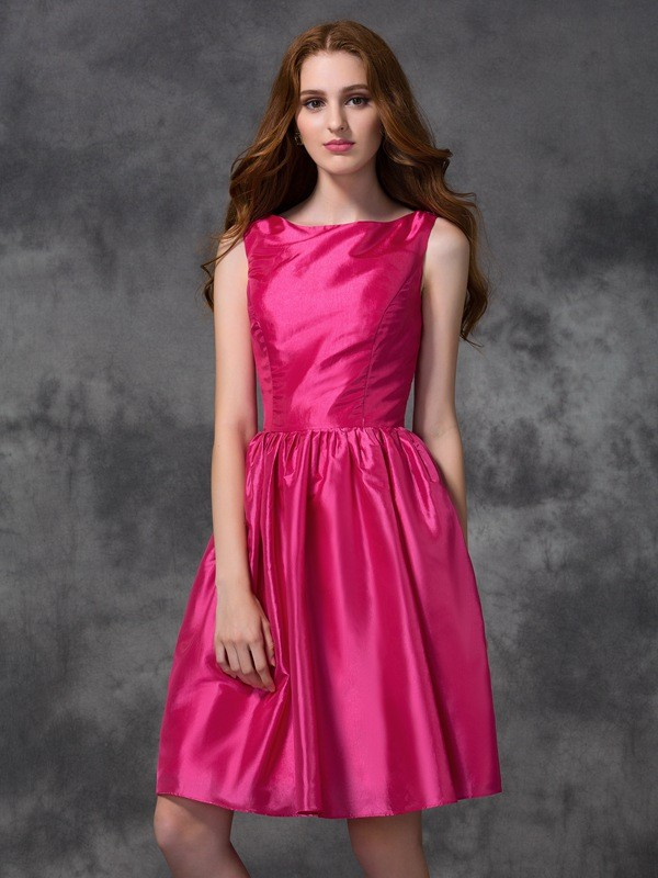 Nice A-Line Bateau Sleeveless Short Taffeta Bridesmaid Dress