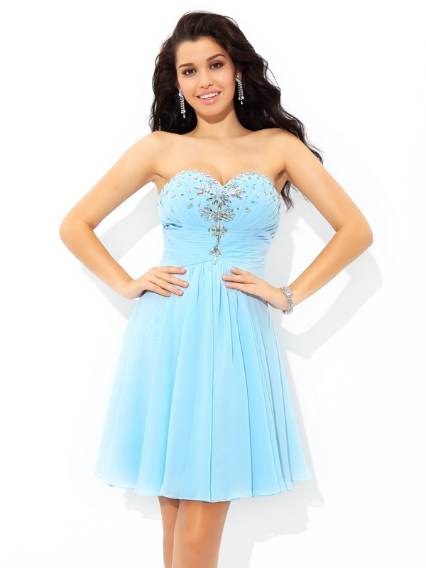 Glamorous A-Line Sweetheart Sleeveless Short Chiffon Cocktail Dress