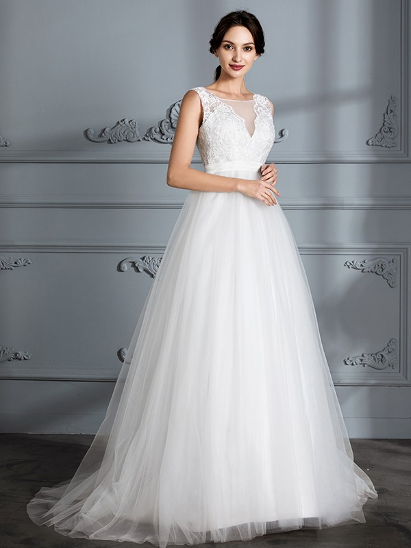 Fancy A-Line Sleeveless V-neck Sweep/Brush Train Tulle Wedding Dress