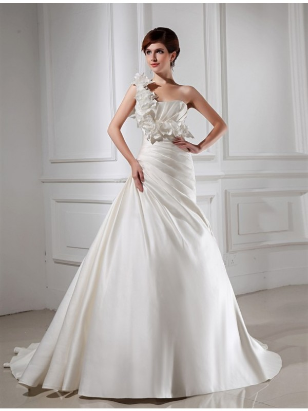 Beautiful A-Line One-shoulder Sleeveless Satin Wedding Dress