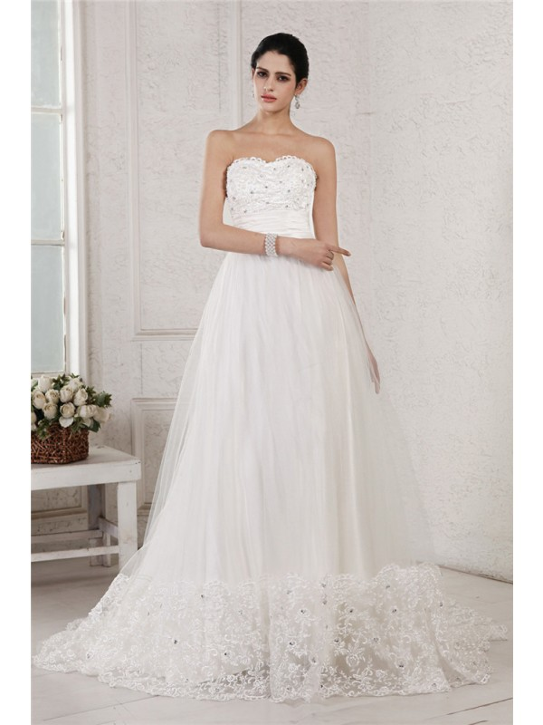 Beautiful A-Line Sweetheart Sleeveless Long Net Wedding Dress