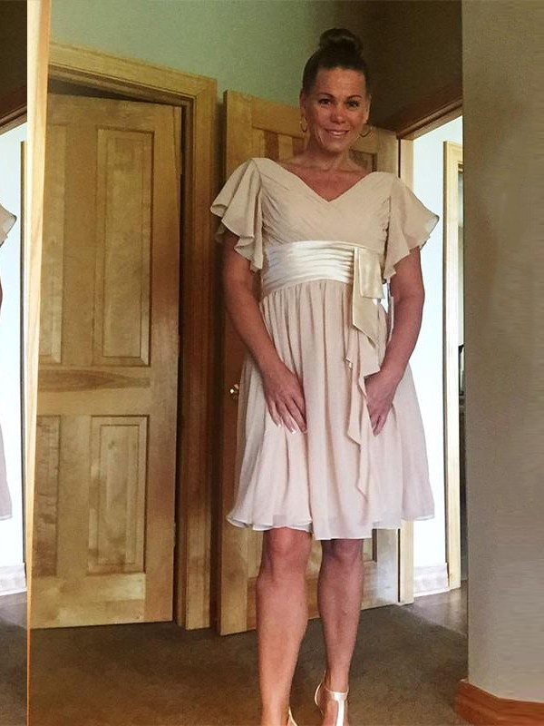 Fancy A-Line V-neck Short Sleeves Knee-Length Chiffon Mother Of The Bride Dress