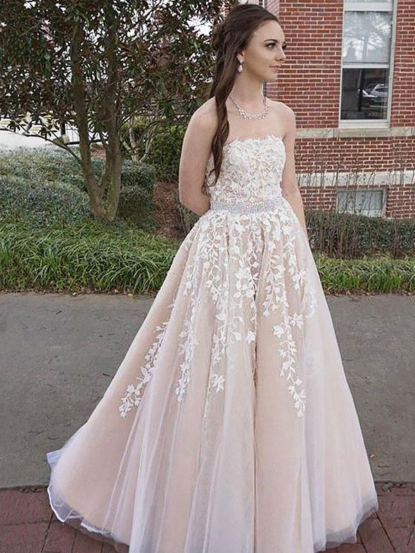 Gorgeous A-Line Strapless Sleeveless Floor-Length Tulle Dress