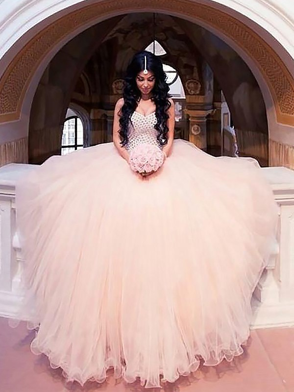 Exquisite Ball Gown Sleeveless Tulle Sweetheart Sweep/Brush Train Wedding Dress