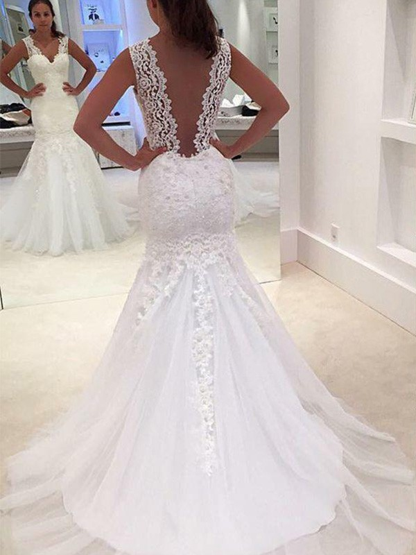 Cheap Mermaid Sleeveless Court Train V-neck Lace Wedding Dress