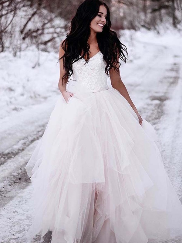Gorgeous A-Line Tulle V-neck Sleeveless Floor-Length Wedding Dress