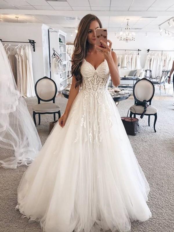Charming A-Line Sweetheart Sleeveless Floor-Length Lace Tulle Wedding Dress