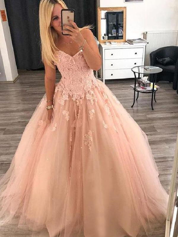 Perfect Ball Gown Sleeveless Sweetheart Floor-Length Tulle Dress