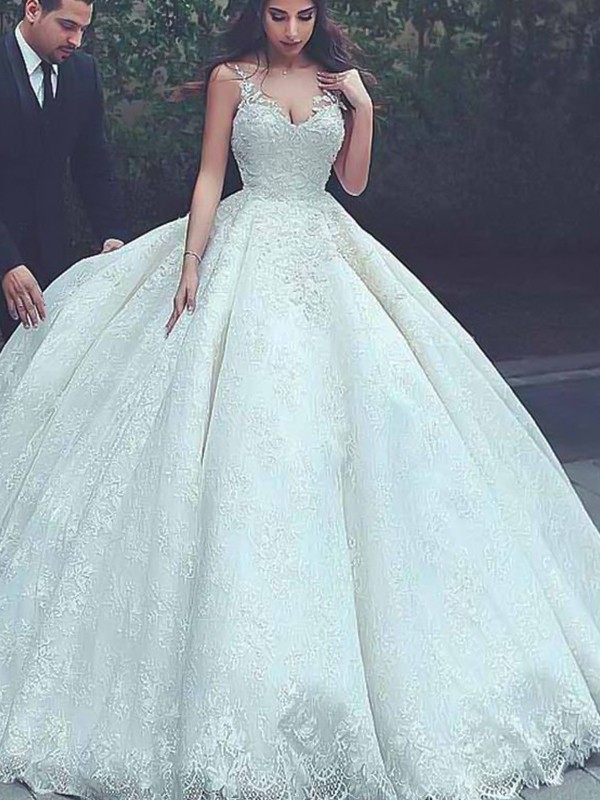 Stunning Ball Gown Spaghetti Straps Sleeveless Sweep/Brush Train Lace Tulle Wedding Dress