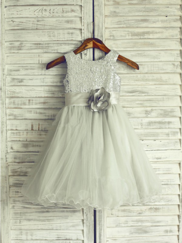 Exquisite A-line Scoop Knee-Length Net Flower Girl Dress