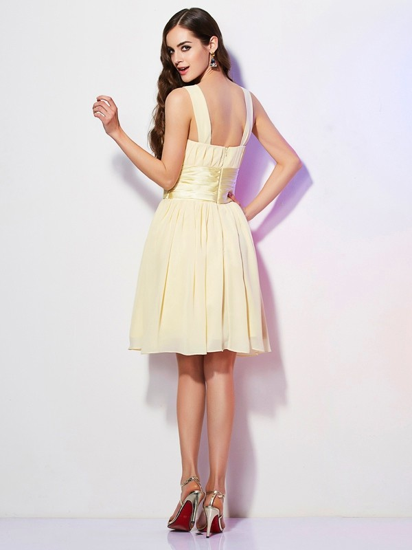 Elegant A-Line Straps Sleeveless Short Chiffon Bridesmaid Dress