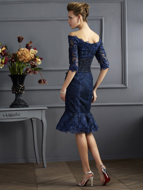 Chic Sheath Off the Shoulder 3/4 Sleeves Short Taffeta Mother of the Bride Dress