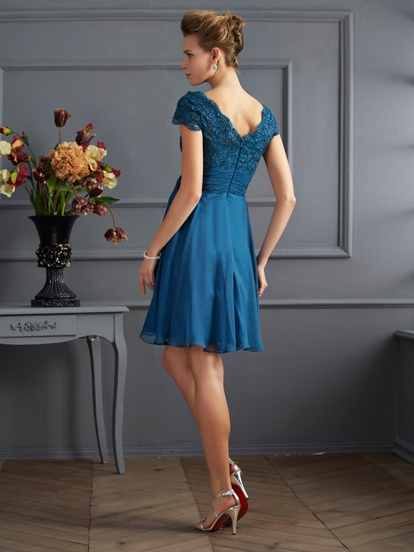 Chic A-Line Scoop Short Sleeves Lace Short Chiffon Bridesmaid Dress