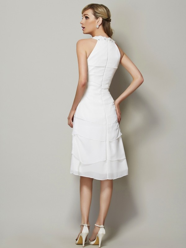 Chic Sheath Bateau Sleeveless Short Chiffon Bridesmaid Dress