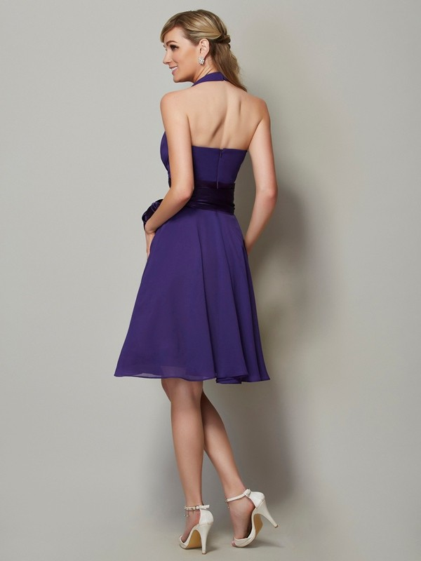 Chic A-Line Halter Sleeveless Short Chiffon Bridesmaid Dress