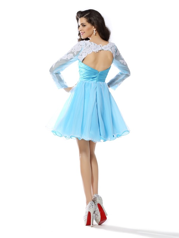 Exquisite A-Line Scoop Long Sleeves Short Elastic Woven Satin Cocktail Dress