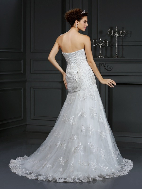 Exquisite Sheath Strapless Sleeveless Long Satin Wedding Dress
