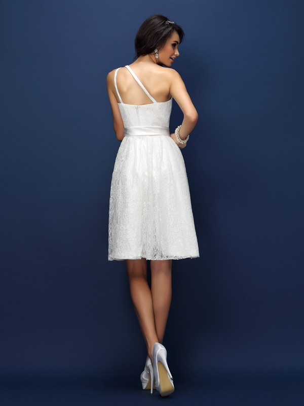 Charming A-Line One-Shoulder Lace Sleeveless Short Lace Bridesmaid Dress