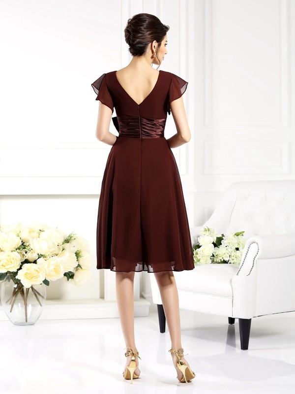 Classical A-Line V-neck Short Sleeves Short Chiffon Mother of the Bride Dress