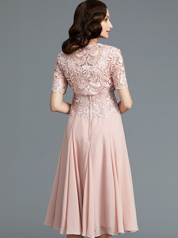 Gorgeous A-Line Sleeveless Scoop Tea-Length Chiffon Mother of the Bride Dress