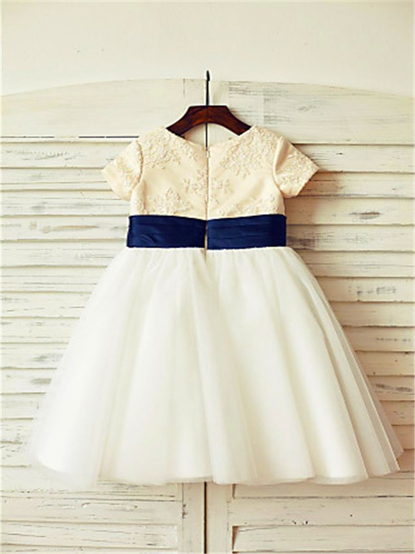 Elegant A-line Scoop Short Sleeves Tea-length Tulle Flower Girl Dress