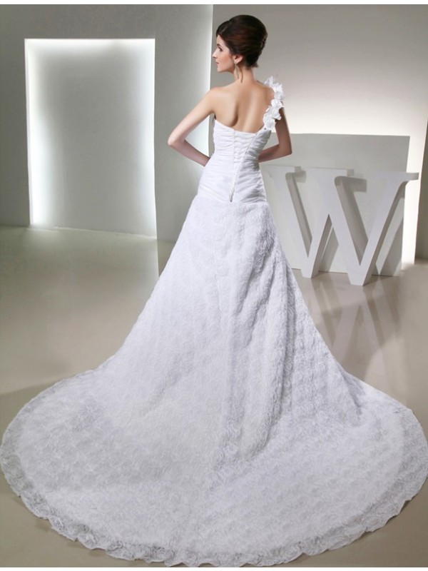 Modest A-Line One-shoulder Sleeveless Taffeta Long Wedding Dress