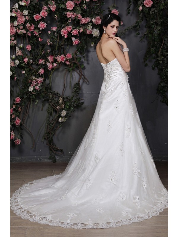 Beautiful A-Line Strapless Sleeveless Net Wedding Dress
