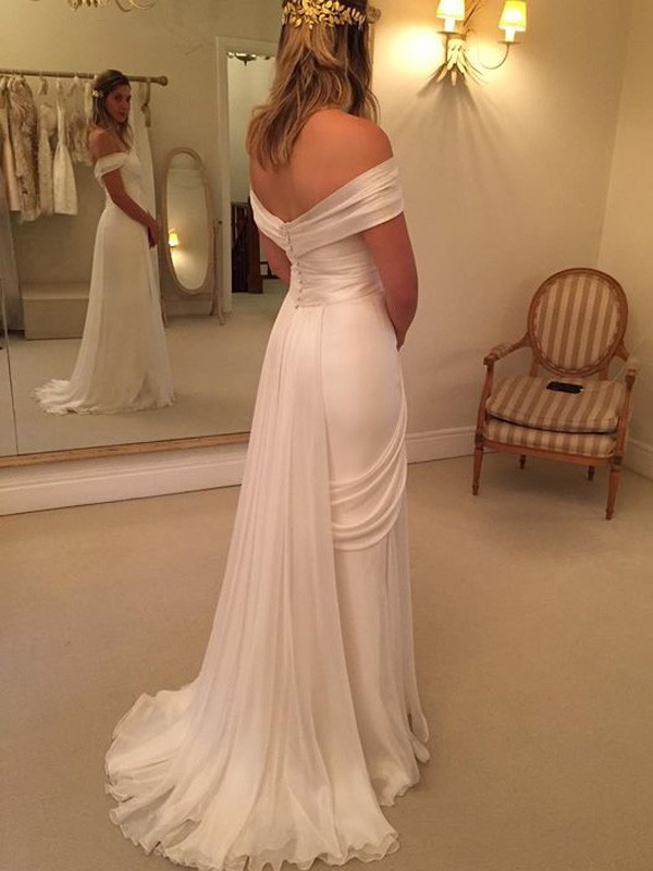 Discount A-Line Sweep/Brush Train Off-the-Shoulder Sleeveless Chiffon Wedding Dress