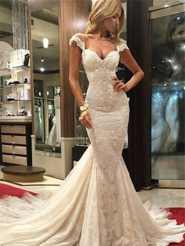 Discount Mermaid Sleeveless Chapel Train V-neck Lace Wedding Dress