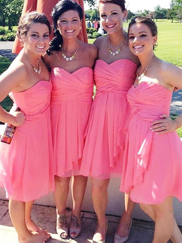 Exquisite A-Line Sleeveless Short/Mini Sweetheart Chiffon Bridesmaid Dress