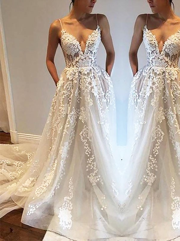 Exquisite A-Line Spaghetti Straps Court Train Tulle Sleeveless Wedding Dress