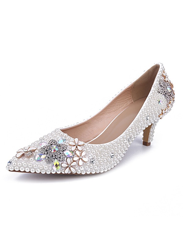 Classical Women Cone Heel Patent Leather Closed Toe Pearl White Wedding Shoes