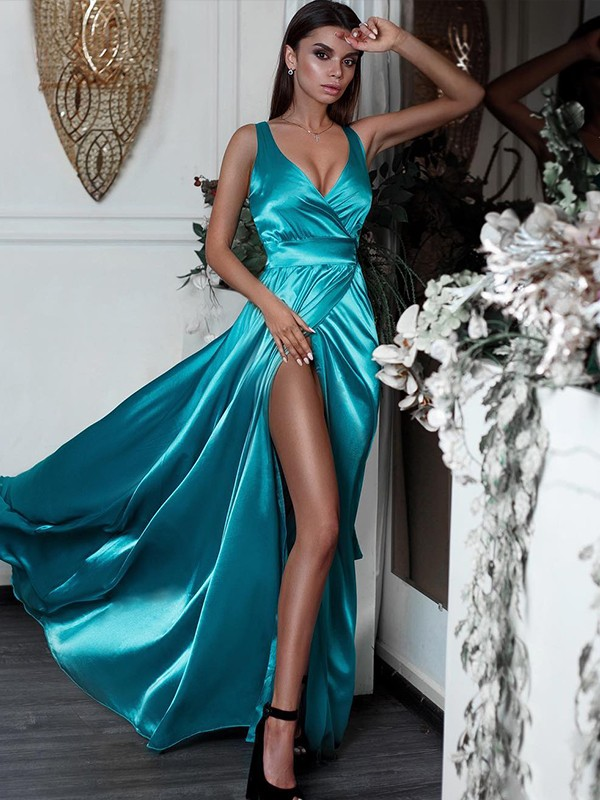 Nice A-Line Sleeveless V-neck Sweep/Brush Train Satin Dress