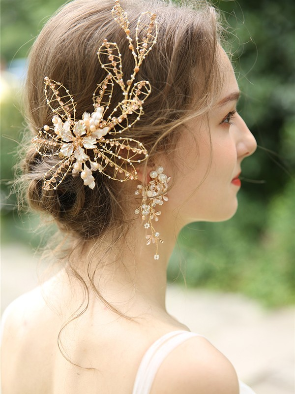 Charming Czech Alloy Headpiece