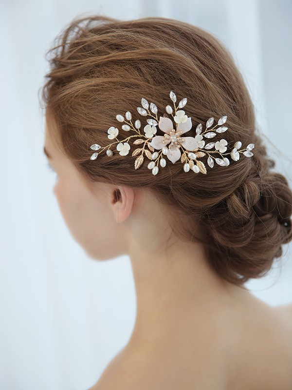 Chic Czech Imitation Pearl Headpiece