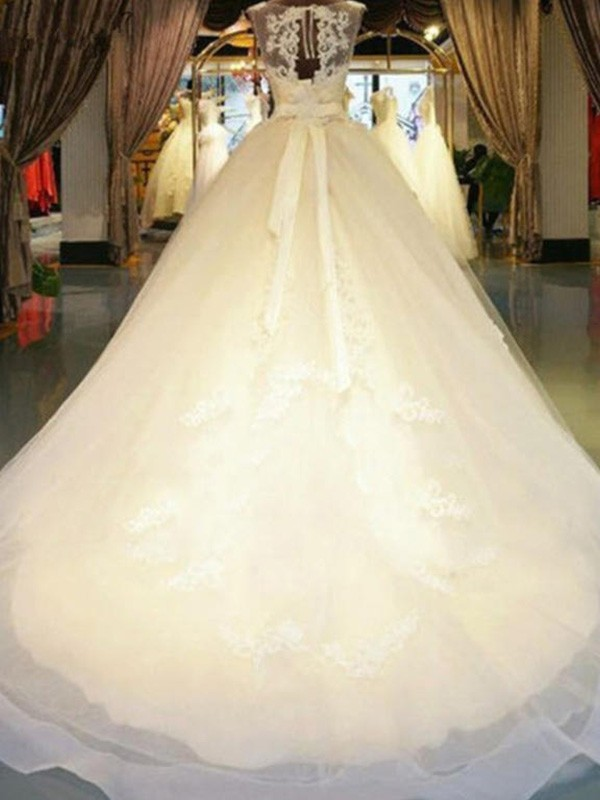 New Ball Gown Sleeveless Off-the-Shoulder Sweep/Brush Train Lace Wedding Dress